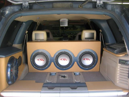 Choosing the Best Stereo System for Your Truck truck stereo