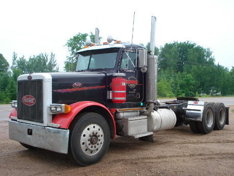 Peterbilt Trucks   Continuing To Lead the Way in North America peterbilt truck