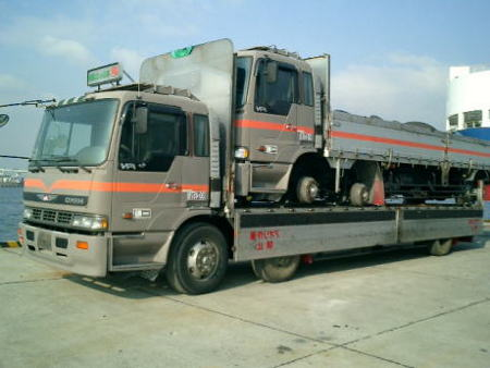 How does truck shipping works? truck shipping