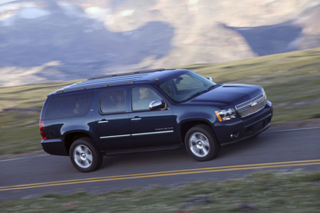 2 Big SUV's for the Family 2009 chevrolet suburban