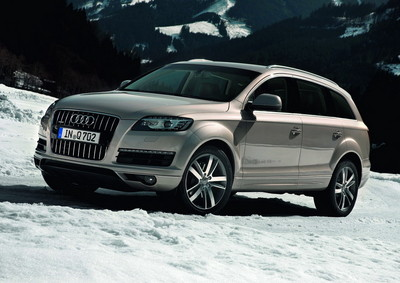 New engines for 2011 Audi Q7 2011 Audi Q7