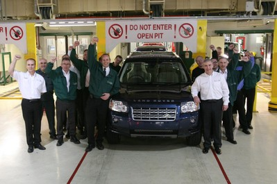 200,000th Land Rover Freelander rolls off the line freelander milestone